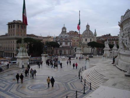 Terrasse - Monumento Nazionale a Vittorio Emmanuele II