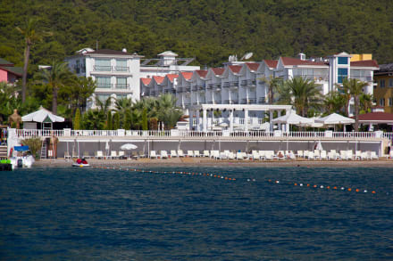 Hotel from the sea -