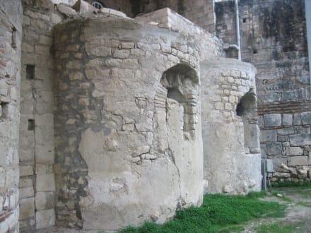Ältestes Bauteil der Nikolauskirche - Kirche Hl. Nikolaus
