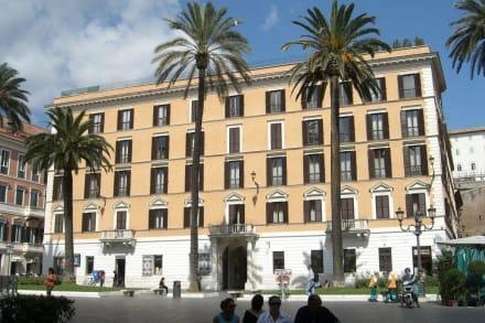 Piazza di Spagna - Piazza di Spagna & Spanische Treppe
