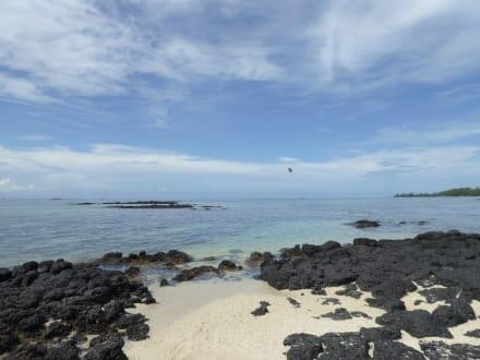 Strand auf der Ile aux Cerfs  - Île aux Cerfs