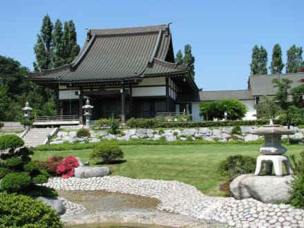 Tempel - EKO Haus