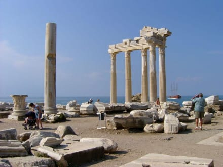 Tempel - Apollon Tempel