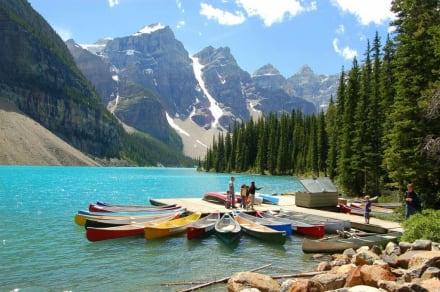 Moraine Lake - Lake Moraine