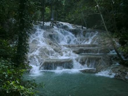 Ein Blick vom Wasserfall - Dunn's River Falls