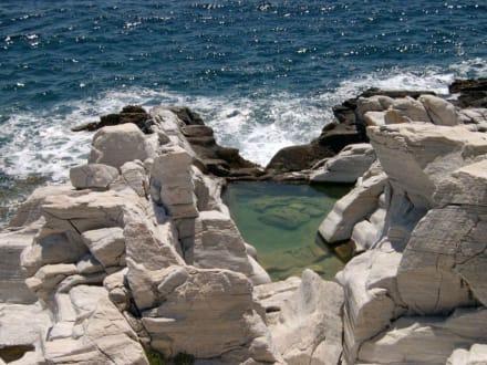 Ehemaliger Marmorbruch - Halbinsel Aliki
