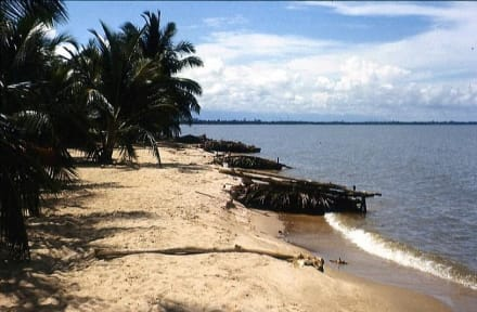 Beach/Coast/Harbor - Travelling in Venezuela