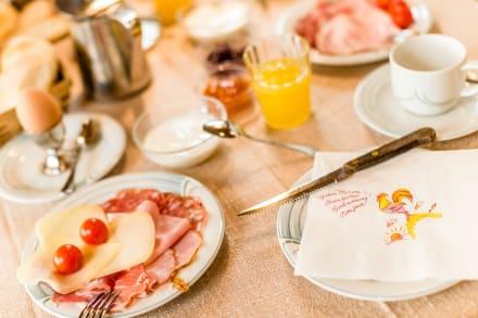 Umfangreiches Frühstücksbuffet - Naturpark Hotel Stefaner