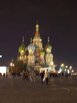 Die Basiliuskathedrale bei Nacht - Roter Platz