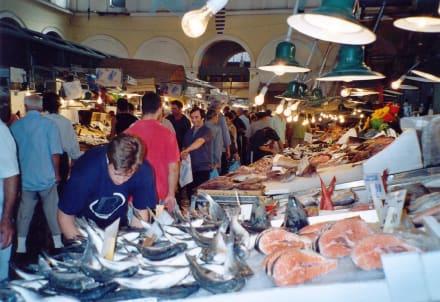 Athen, Central Market. Fisch & Fleisch und interessant - Zentralmarkt / Kentrikí Agorá
