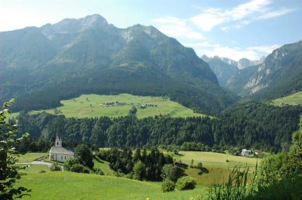 Wodmaier, eingebetten von der Plenge - Hotel Alpenhof Wolayersee