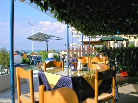Taverne Neraida - Neraida Restaurant