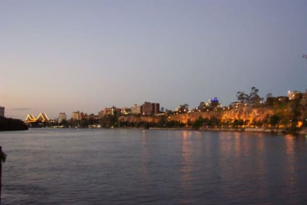 Brisbane am Abend - City Skyline