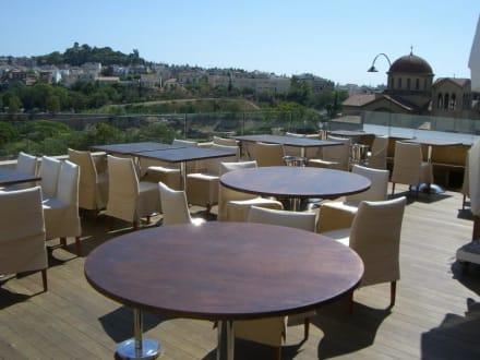 Blick am Tage - Restaurant Jerome Serres
