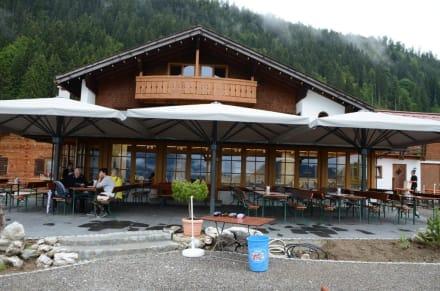 terrasse und wintergarten bild hotel alpe dornach in oberstdorf bayern deutschland. Black Bedroom Furniture Sets. Home Design Ideas