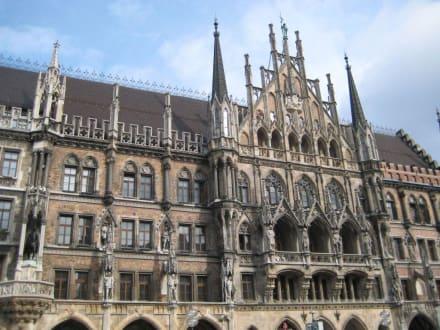 Sonstige Gebäude - Marienplatz