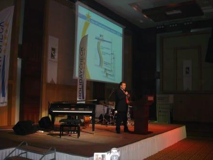 Vertreter des ETTC während der Preisverleihung - HolidayCheck Award Gala