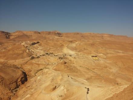 Blick hinunter zum Westaufstieg Masada - Masada