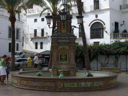 Wasser speiende Frösche an der Plaza Espana - Plaza de España