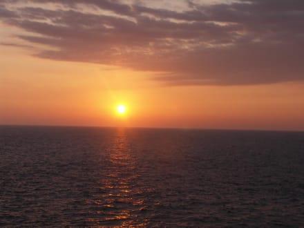 Sunset  - Unawatuna Beach