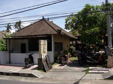 Frontansicht Nelayan - Restaurants in Tanjung Benoa