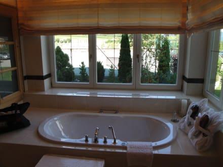Badezimmer der traum suite himmelreich bild alpenresort - Traum badezimmer ...
