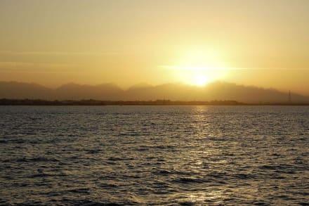 Sonnenuntergang bei Rückkehr in den Hafen - Ausflug mit Mohamed