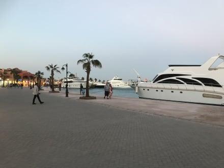 Marina - Hurghada Marina Boulevard