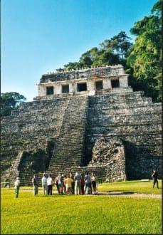 Palenque, el Templo de los Inscriptiones - Maya Pyramiden Palenque
