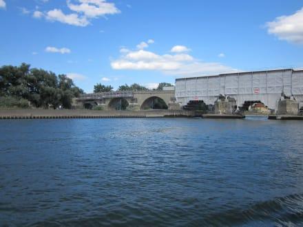 Steinerene Brücke - Steinerne Brücke