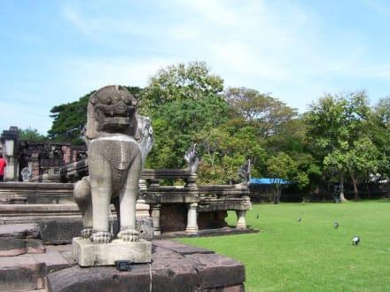 Statuen - Phimai