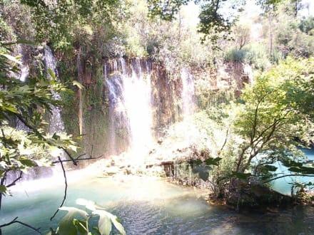 Landschaftsbild - Kursunlu Wasserfälle