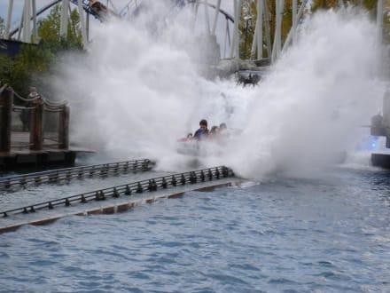 """""""Eingetaucht""""   Europapark Wildwasserachterbahn - Europa-Park"""