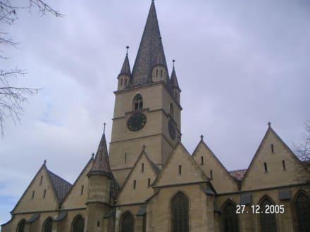 Die Evangelische Kirche - Evangelische Stadtpfarrkirche