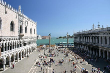 "Blick vom ""Balkon"" der Basilica di San Marco - Basilica di San Marco / Markusdom"