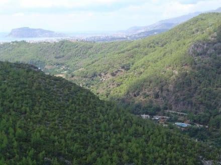 Aussicht von Dimcay Tropfsteinhöhle nach Alanya - Dim Höhle
