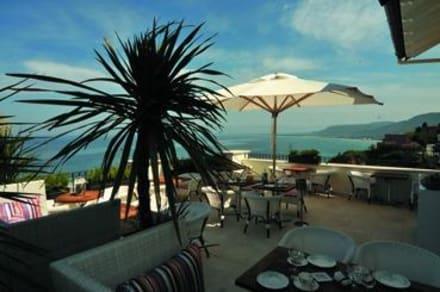 Restaurant & Buffet - Piccolo Grand Hotel