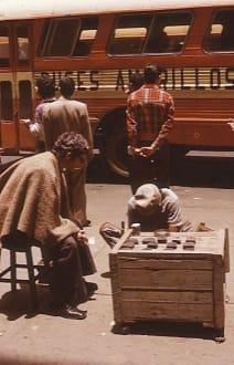 Schuhmacher am Straßenrand - Bogota