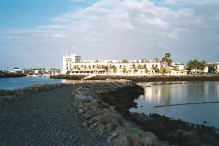 Puerto de Mogan (Klein-Venedig der Kanaren) - Strand Puerto de Mogán