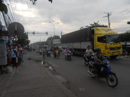 Typischer Feierabendverkehr in Can Tho - Zentrum Can Tho