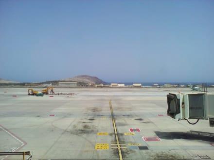 Flughafen Gran Canaria (LPA) - Flughafen Gran Canaria (LPA)