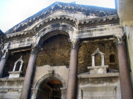 Porta Aurea - Diokletian Palast (Gewölbe)