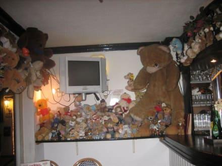 Bären... - Bärchen (geschlossen)