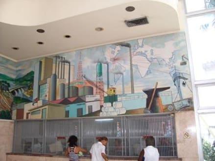Schalterraum der Bank am Parque Cespedes - Parque Céspedes