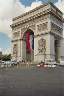 Place des Etolies - Arc de Triomphe  / Triumphbogen