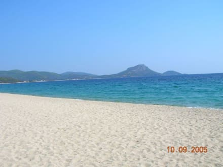 Aretes Beach Trestinika - Strand Neos Marmaras