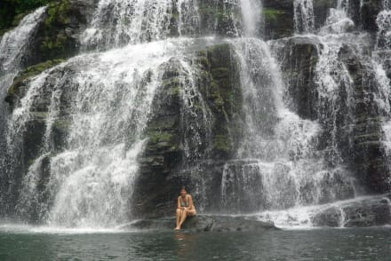 Waters (river/lake/waterfall)  - Nauyaca waterfalls