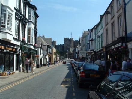 Conway Village - Conwy Castle