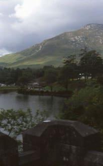 Blick auf den See vor Kylemore Abbey - Kylemore Abbey