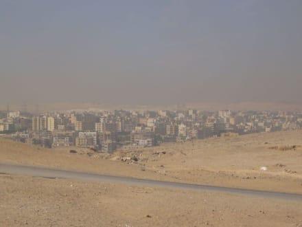 Blick auf Kairo - Pyramiden von Gizeh